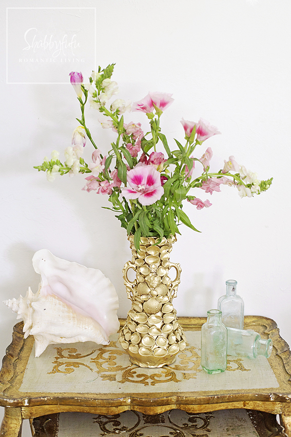 diy gold seashell vase