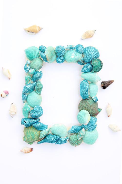 glitter seashell picture frame