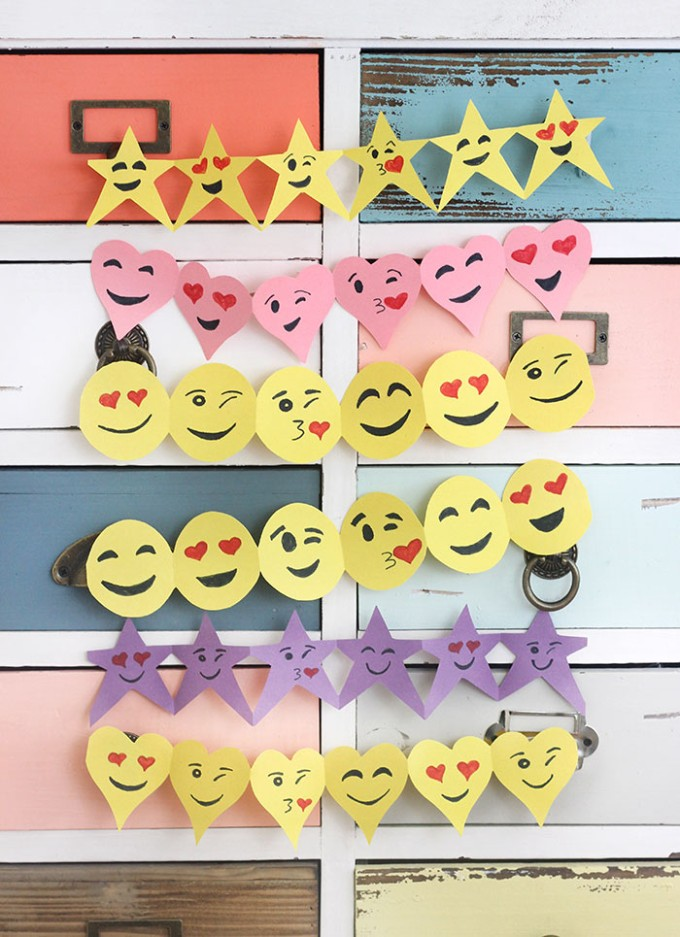 Emoji Paper Garland Craft