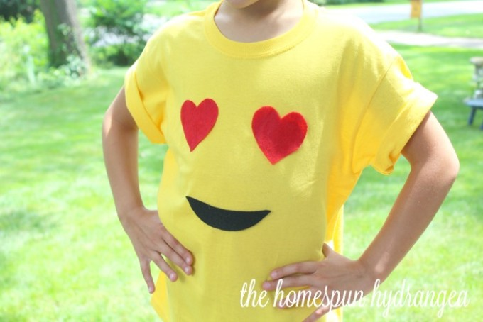 no sew emoji t-shirt
