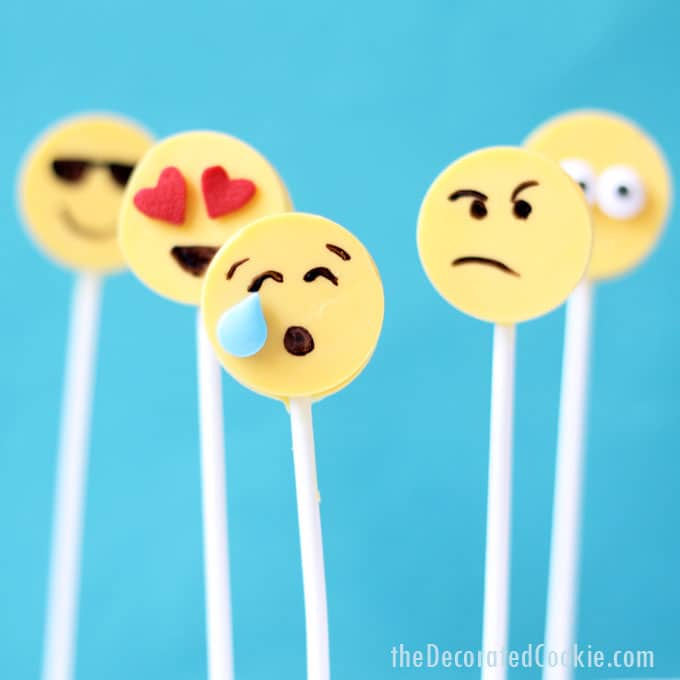 diy emoji candy pops