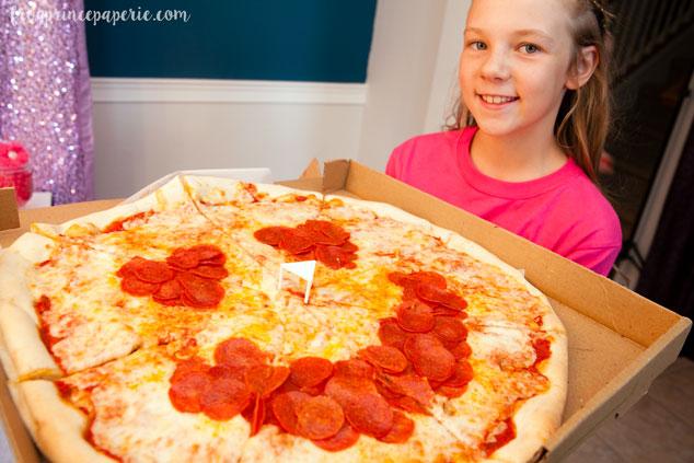 emoji pizza idea