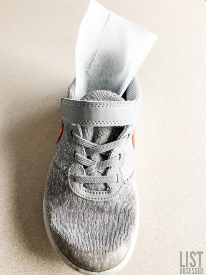 use dryer sheets to freshen up stinky shoes