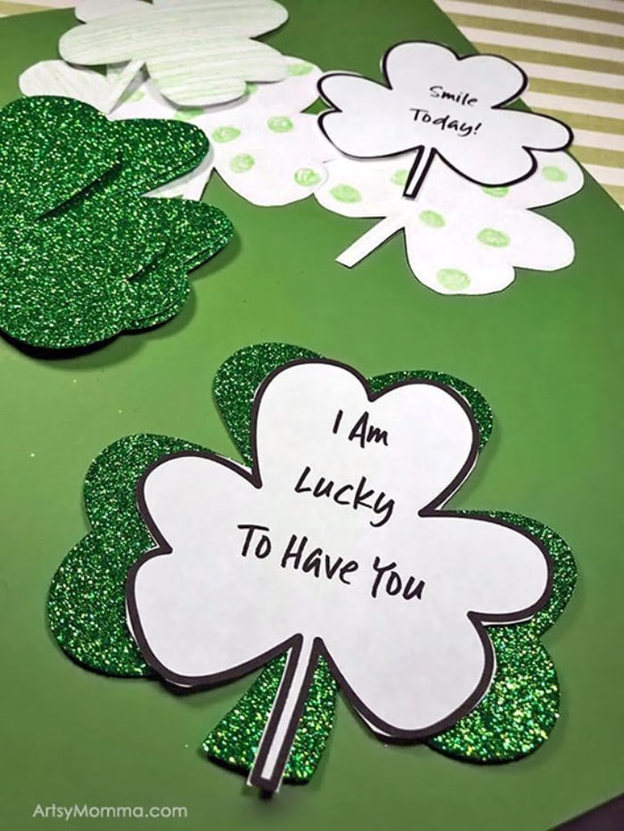 kindness clovers