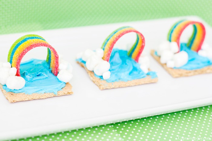 rainbow graham cracker snack