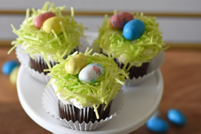 easter basket cupcakes by Happy Family Blogs