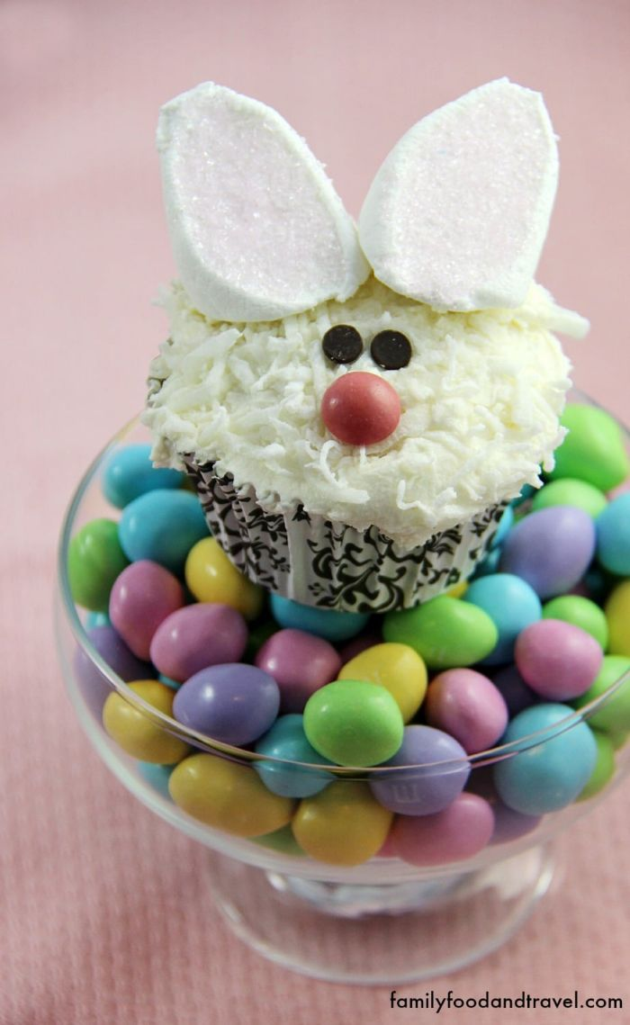 easter bunny cupcakes by Family, Food & Travel