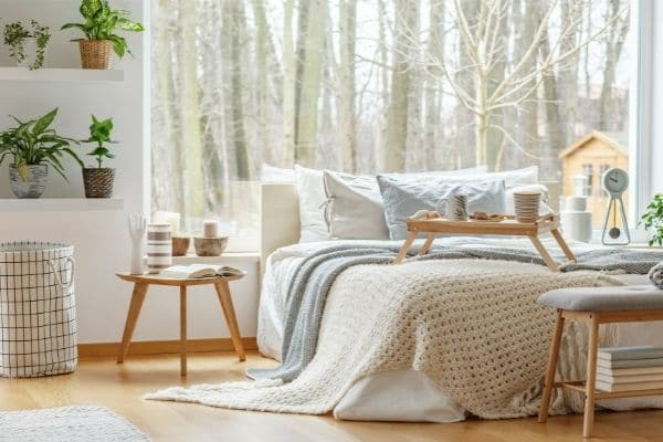 minimalism can make you feel calmer and more comfortable in your own home